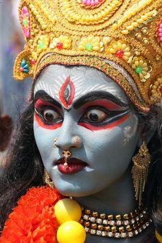 Indian Goddess Kali, Durga Goddess, Indian Gods, Kali Hindu, Hindu Art, Durga Maa Paintings, Miraculous Ladybug Toys, Aghori Shiva, Goddess Makeup