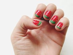 Friday fingers /// D.i.y Strawberry nails   Shakeshakee