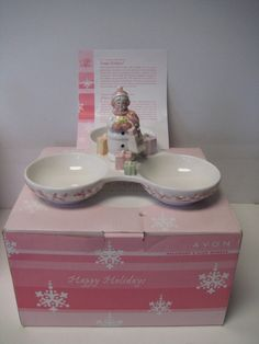 Avon Snowlady 2003 President's Club #2 Series Holiday Gift Collection Boxed