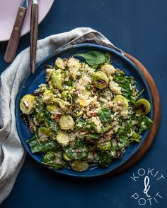 Joko ruusukaali on hurmannut sinutkin? Sprouts, Pasta, Vegetables, Recipe Ideas, Recipes, Food, Essen, Vegetable Recipes, Eten