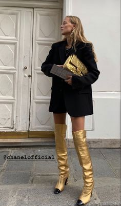 High Fashion, Fashion Show, Dress For Success, Fashion Books, Street Wear, Street Style, Style Inspiration, Couture, Boots
