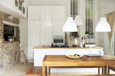 FAKTUM/ABSTRAKT kitchen High-gloss white. MELODI pendant lamp £13 Ø38cm. White. 101.229.11