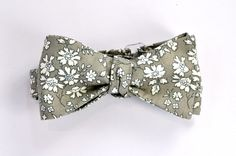 Gray bow tie with white flowers
