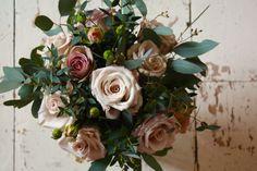 Bridesmaids posy of Menta & Amnesia roses. Amnesia Rose, Pink Petals, Bridal Flowers, Custom Wedding Invitations, Wedding Bouquets, Bridesmaids, Floral Wreath, Roses, Natural