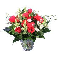 Moederdag bloemen met hartjes  Vanaf: €24,95