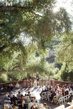 The 1909. Topanga, California. Topanga Canyons. Rustic wedding, vintage bride, vintage wedding, summer wedding. ceremony altar. wedding day flowers. alter flowers.
