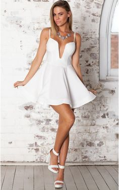 Sweet Surprises dress in white
