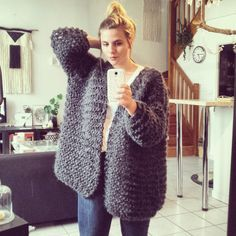 Many of you have asked me the tutorial of my jacket doudou to look like a big cloud so here it is here: Hardware … Source by solnebarette Knitting Patterns Free, Free Knitting, Dou Dou, Diy Crochet, Knitwear, Voici, Womens Fashion, Outfits, Clothes
