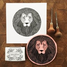 The final result ☺️. #viktoriaastrom #lion #carving #printmaking
