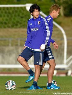内田、遠藤、今野がW杯以来の代表復帰(8枚)