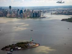 Spaceshuttle over New York