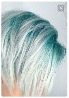 11 Hottest Ombre Hairstyles You Can Try Ombre Hair Color Ideas Haarfarben Ombre Hair Color, Cool Hair Color, Mint Hair Color, Blue Hair Colors, Turquoise Hair Ombre, Pastel Green Hair, Pastel Blue, Different Hair Colors, Mermaid Hair