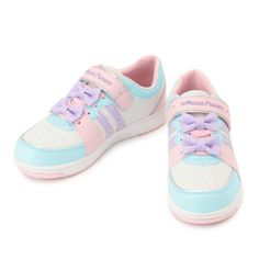 Fairy Kei shoes with adorable bows!