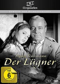 Sebastian Schumann (Heinz Rühmann) ist Angestellter einer mittelständischen Firma. Seit seine Frau ihn verlassen hat, ist er alleinerziehend und muss sich um seine achtjährige Tochter Nicky (Julia Follina) kümmern. Um das Kind nicht mit seinen alltäglichen Problemen zu belasten, lässt er es in dem Glauben, die Mutter sei nun ein Engel im Himmel. Zudem erfindet er für Nicky immer neue Geschichten über sein vermeintlich abenteuerliches Leben: Mal ist er ein Diplomat, mal ein Spion, mal ein…