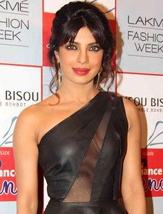Priyanka Chopra turns glamorous cabaret dancer for Gunday! - http://www.bolegaindia.com/gossips/Priyanka_Chopra_turns_glamorous_cabaret_dancer_for_Gunday-gid-37212-gc-6.html