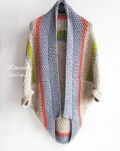 И вот такое фото Самый простой крой , но за счет разных цветов смотрится ,на мой взгляд, очень интересно#cardigan_kimanutka Baby Boy Knitting Patterns, Hand Knitting, Crochet Patterns, Crochet Fall, Knit Crochet, Crochet Cardigan, Knit Fashion, Crochet Clothes, Knitwear