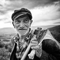 Anatolian – Beautiful B/W Portraits by Mustafa Dedeoğlu