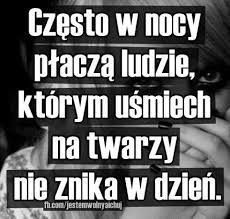 Znalezione obrazy dla zapytania smutne obrazki Mood Quotes, Happy Quotes, True Quotes, Sad Pictures, Sad Stories, Saddest Songs, Me As A Girlfriend, Proverbs, Positive Vibes