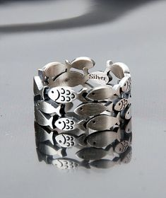 school of fish ring...pinned by ♥ wootandhammy.com, thoughtful jewelry.