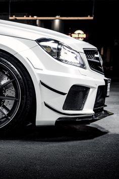 Mercedes C63 AMG Black Series...