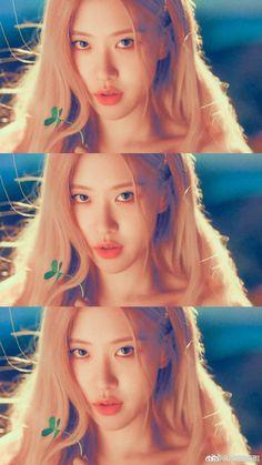 Rosé😍🥀 Kpop Girl Groups, Korean Girl Groups, Kpop Girls, Yg Entertainment, Divas, Rose And Rosie, Rose Park, Bts Aesthetic Pictures, Jennie