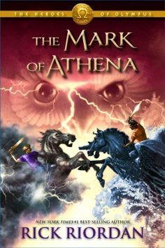 La marque d'Athéna, Rick Riodan.  (Pour lire le résumé: double clique sur l'image).