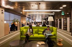 tudents, teachers and researchers to have a choice of spaces that allow them to work the way they want to work.  HASSELL created a range of ...
