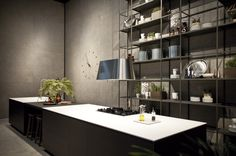 Loft Inalco has developed a brand-new space to present the new porcelain tile collections. Check it out: