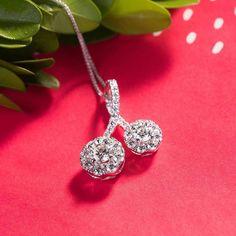 Start the new year right with a Forevermark Diamonds @forevermarkusa Necklace like this!  #purplebyanki #diamonds #luxury #loveit #jewelry #jewelrygram #jewelrydesigner #love #jewelrydesign #finejewelry #luxurylifestyle #instagood #follow #instadaily #lovely #me #beautiful #loveofmylife #dubai #dubaifashion #dubailife #mydubai #necklace #forevermark #jewelrygoals