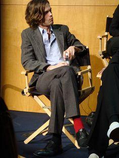 MGG & his socks - Matthew Gray Gubler 's-mismatched-socks Photo