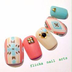 flicka_nailさんも使ってるネイルブック。毎日最旬新着ネイル続々♪流行のデザインが丸わかり!