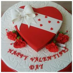 Made this cake for a Valentines day get together for a family and the 4 roses arround the cake are for the ladies who are attending the party. Heart Shaped Birthday Cake, Heart Shaped Cakes, Heart Cakes, Fondant Cakes, Cupcake Cakes, Heart Shape Cake Design, Valentines Day Cakes, Small Cake, Holiday Cakes