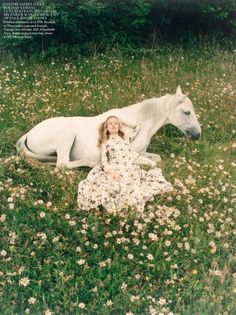 georgia may jagger photographed by venetia scott & styled by bay garnett for vogue uk, october 2013 Georgia May Jagger, Vogue Uk, Arte Equina, Field Of Dreams, Horse Photography, Whimsical Photography, Photography Aesthetic, Artistic Photography, Creative Photography