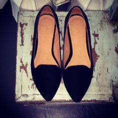 Crushing on our new Day Dreaming flats in black velvet. Available starting tomorrow on Joie.com!