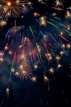 firework | Flickr - Photo Sharing! More Fireworks Images, Best Fireworks, 4th Of July Fireworks, July 4th, New Year Photography, Fireworks Photography, Fire Works, Fantasy Landscape, Night Skies