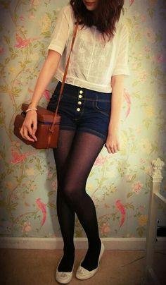Tights and shorts #Hipsterfashion