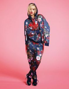 adidas Originals is happy to announce its collaboration with Rita Ora. The collection will include shoes and clothing created with Rita Ora. Adidas Originals, Rita Ora Adidas, Yeezy Fashion, Athleisure Fashion, Adidas Tracksuit, Hoodie, Adidas Outfit, Mode Style, Sport Fashion