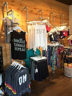 c0fd4b32d0 Vista de varias camisetas personalizadas a la venta con diferentes diseños  Tienda Pesca