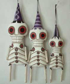 Skeleton Ornaments, Day of the Dead Contemporary Folk Art Dolls by Dylan and Jo Fete Halloween, Halloween Doll, Halloween Skeletons, Holidays Halloween, Vintage Halloween, Halloween Crafts, Halloween Decorations, Halloween Cookies, Vintage Decorations