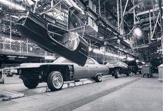 1971 Cadillac assembly line