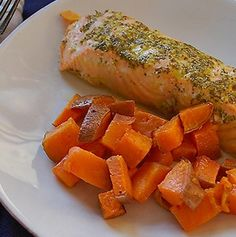 #Recipe:cilantro and lime roasted salmon with sweet potatoes is an amazingly delicious and heart healthy dish.