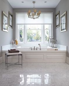 for master bath! The gentle light diffusion of Duette® honeycomb shades provide an ethereal elegance to this gray and white bathroom decor. Dream Bathrooms, Beautiful Bathrooms, New York Homes, New Homes, Traditional Bathroom, Traditional Design, Luxury Interior Design, Bath Design, Bathroom Styling