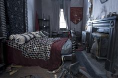 Sirius Black's Bedroom, Order of the Phoenix, Number 12 Grimmauld Place, Deathly Hallows Part 1