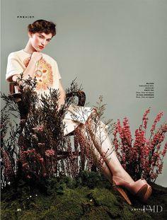 Rustic Femininity in SCMP Style with Anka Kuryndina wearing Ports 1961,Delpozo,Ulyana Sergeenko - Fashion Editorial | Magazines | The FMD #lovefmd