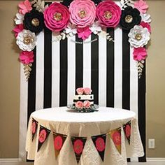 Birthday Table Decorations For Boyfriend 15 Ideas Kate Spade Party, Husband Birthday, Boyfriend Birthday, Birthday Table Decorations, 40th Birthday Parties, Cake Birthday, Birthday Ideas, Paris Party, Flower Backdrop