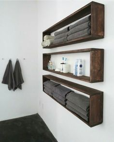 DIY bathroom decor ideas that can be made with cheap dollar stores items! These DIY bathroom decor ideas that can be made with cheap dollar stores items! These … The post DIY bathroom decor ideas that can be made with cheap dollar stores Floating Shelves Diy, Diy Wall Shelves, Rustic Shelves, Easy Shelves, Pallet Shelves, Crate Shelves, Wooden Bathroom Shelves, Bathroom Towel Storage, Diy Shelving