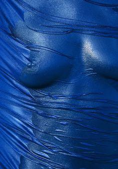 Helmut Newton, for the 1976 Pentax calendar Helmut Newton, Scorpio Mystique, Boudoir Photography, Fashion Photography, Elle Mexico, Erotic Art, Verona, Photos, Fine Art
