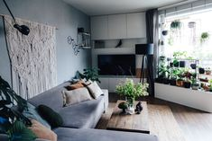 Tady Je Moje – Netradiční magazín o bydlení Městský byt se srdcem z listů a dřeva