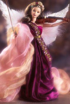 Barbie.    Ángel con violín