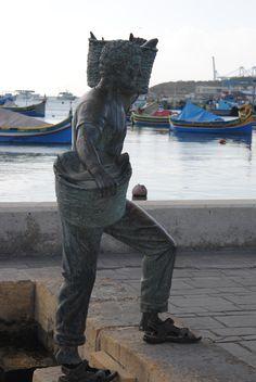 arrivée du pêcheur marsaxlokk